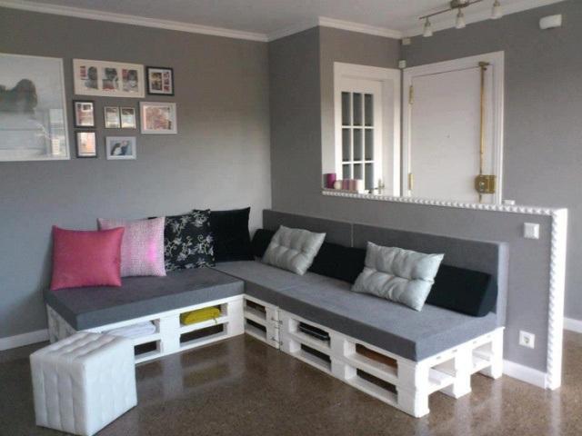 Divano con i pallet: Costruire un divano con i bancali... 20 idee ...