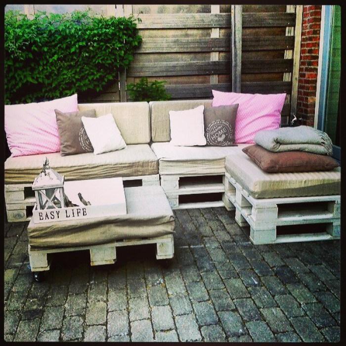 divano con i pallet costruire un divano con i bancali