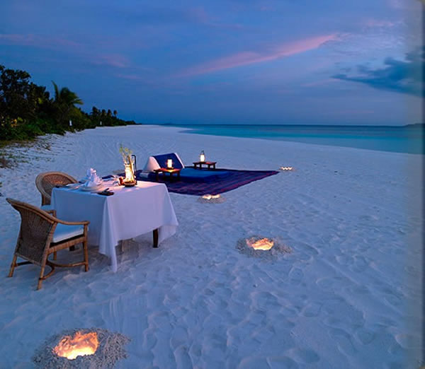 Beach Blanket Date: Cena Romantica D'estate: 20 Posti Con Atmosfera Romantica
