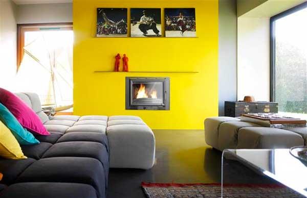 Arredare con il giallo un colpo di sole dentro casa - Comment decorer un grand mur ...