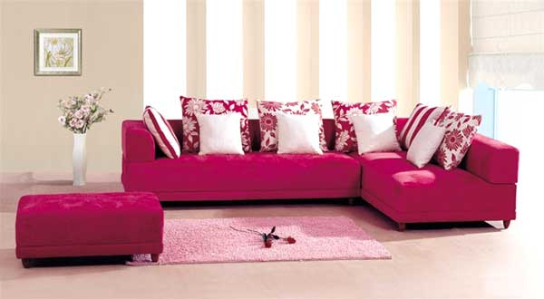 un divano rosa per dare un tocco di vita nel salone. Black Bedroom Furniture Sets. Home Design Ideas