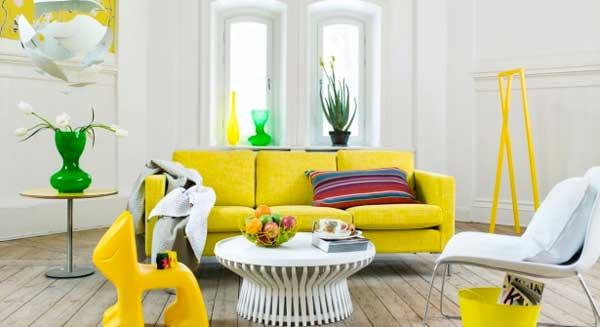 arredare con un divano giallo