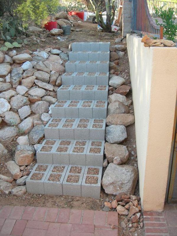 Decorare con blocchi di cemento 17 idee creative per la casa for Disegni di blocchi di cemento casa