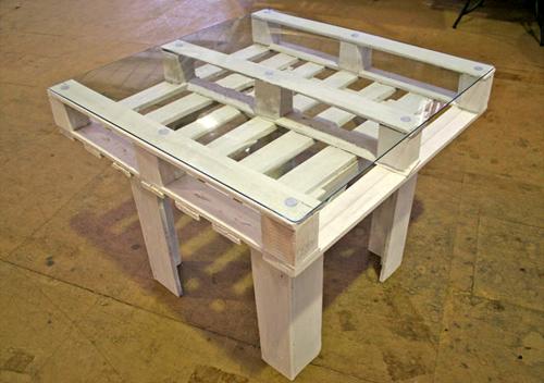 Costruire Tavoli Con Pallet : Tavolo fai da te con pallet! ecco 20 tavoli a cui ispirarsi