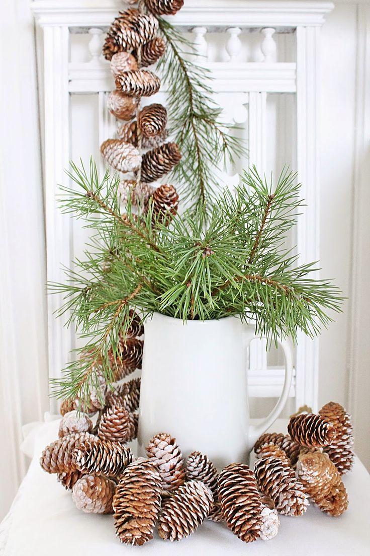 decorazione con ramo di pino 15
