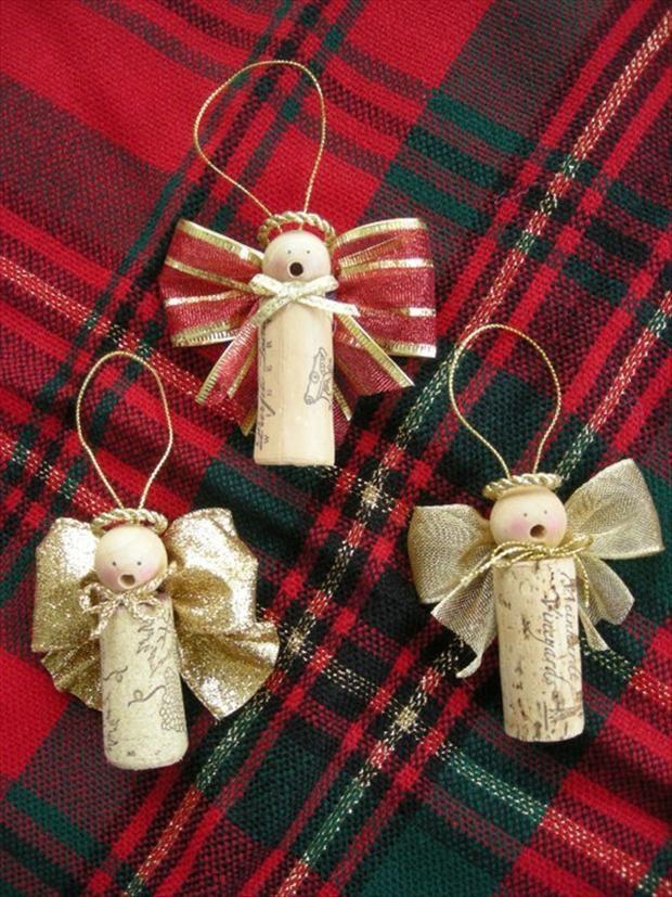 ottima vestibilità enorme inventario di prim'ordine Decorazioni natalizie con tappi di sughero!15 idee...