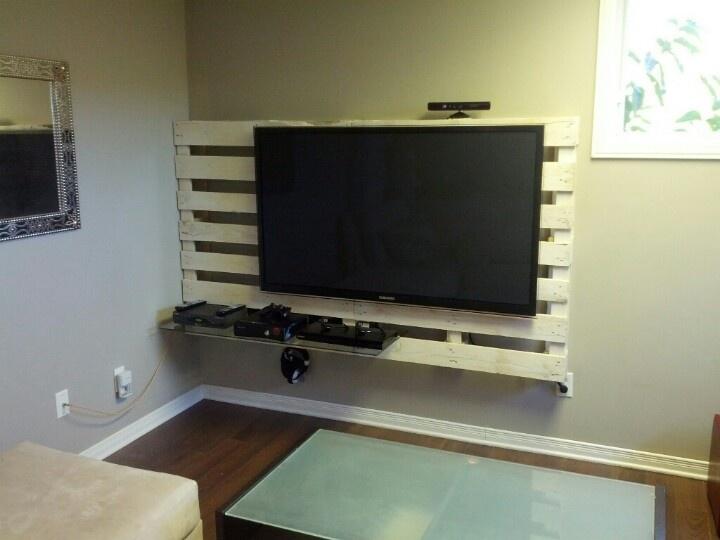 idee porta tv : porta tv pallet 11