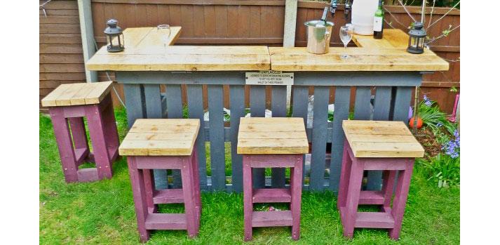 Angolo bar con pallet ecco 20 idee da cui trarre for Mobile legno giardino