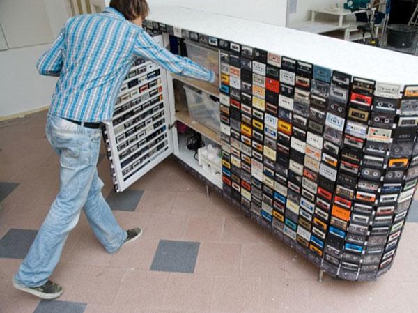 riciclo creativo audio cassetta 14 idee a cui ispirarsi. Black Bedroom Furniture Sets. Home Design Ideas