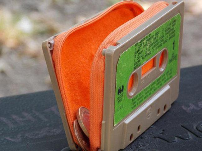 Riciclo creativo audio cassetta