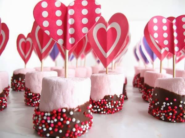 Hier Sind 14 Ideen Zur Realisierung Einer Komposition Mit Marshmallows Für  Valentinstag