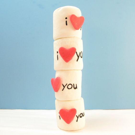 Composizioni marshmallow per San Valentino