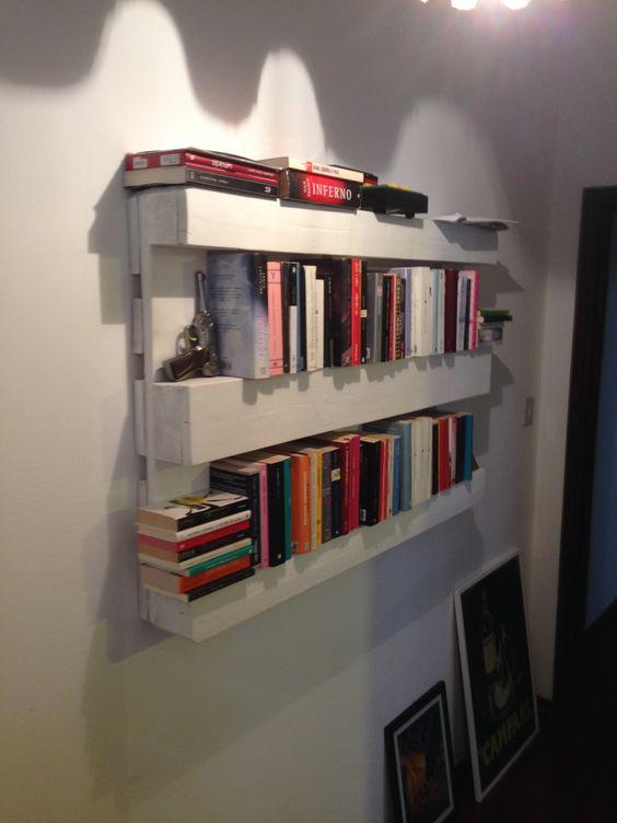 Libreria originale con materiale di riciclo 20 idee for Arte fai da te casa