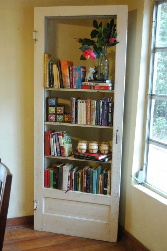 floor to ceiling bookshelf ideas - Libreria originale con materiale di riciclo 20 idee