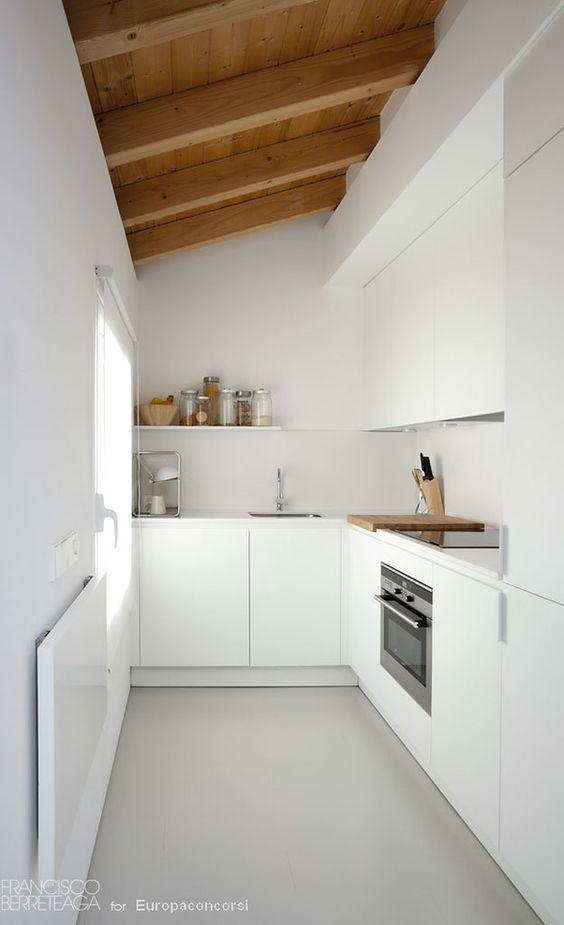 travi legno cucina bianca 18