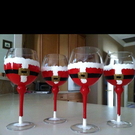 Portacandele natalizi con bicchieri di vetro fai da te 20 for Christmas painted wine glasses pinterest