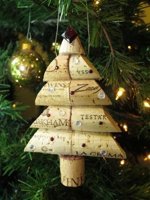 decorare l u0026 39 albero di natale con i tappi di sughero  ecco