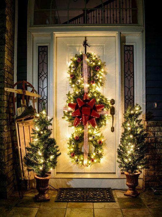 Popolare Decorare la porta d'ingresso a Natale! Ecco 15 idee per ispirarvi DG44