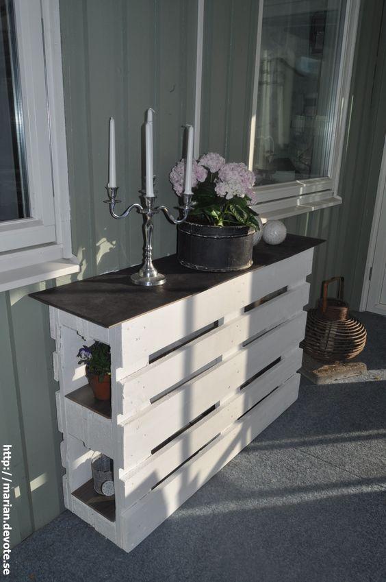 pallet shabby chic 20 bellissime realizzazioni fai da te a cui ispirarsi. Black Bedroom Furniture Sets. Home Design Ideas