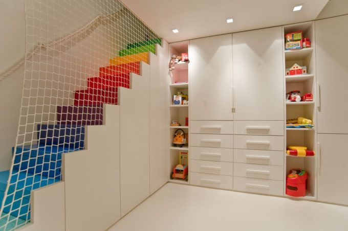 Decorating stairs with imagination! here are 20 ideas to inspire you