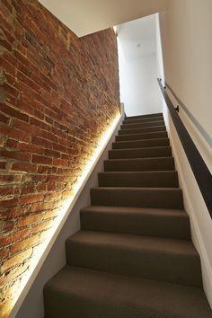 Iluminar escaleras con luces led Presentamos 20 ideas de diseo