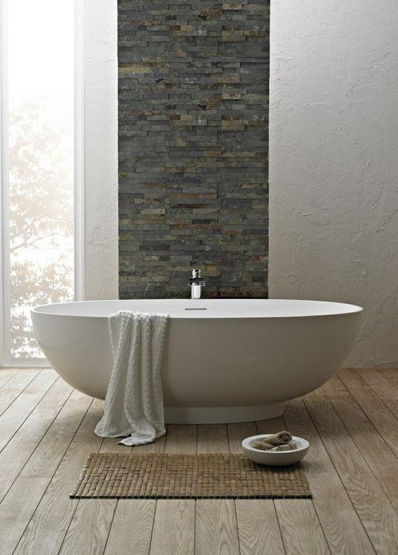 Rivestimenti in pietra nel bagno