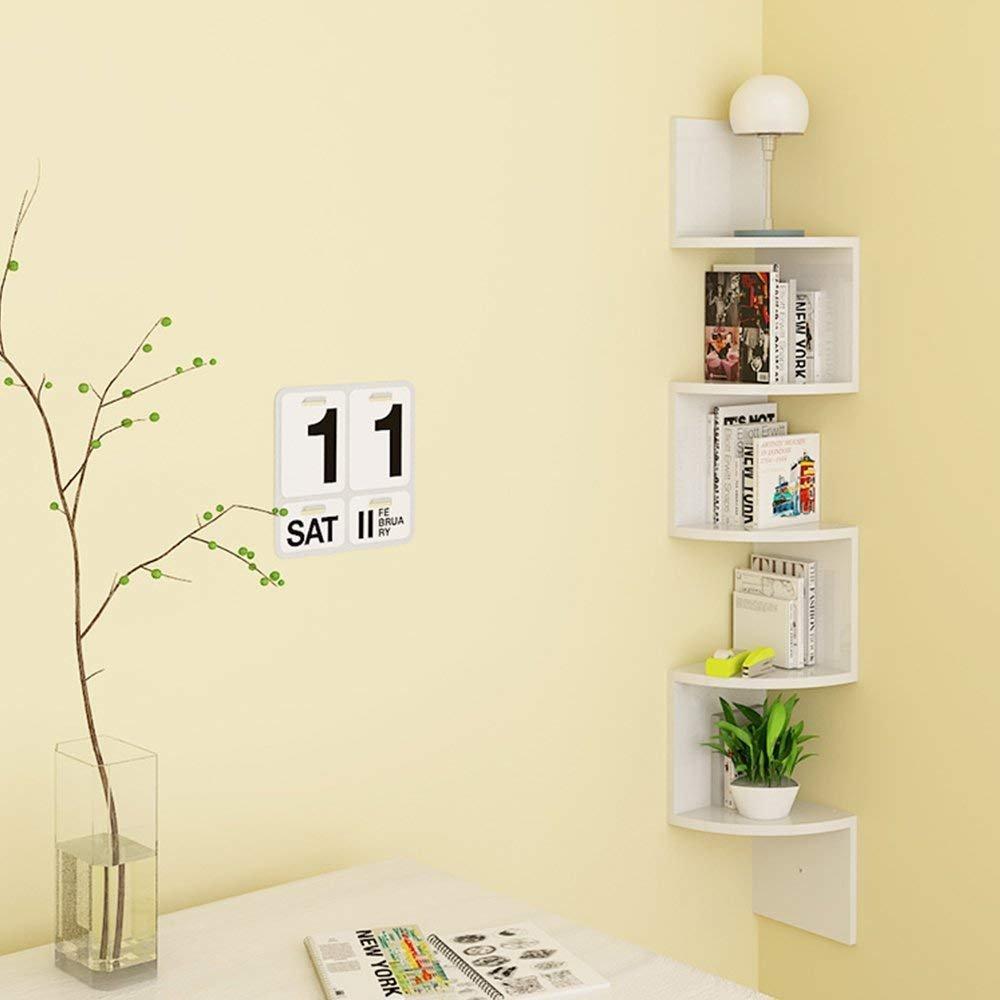 Mensole design angolari, ideale per sfruttare tutti gli spazi in casa.