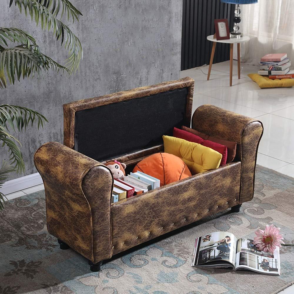 Baule divanetto effetto invecchiato, ideale per arredare casa in stile vintage.