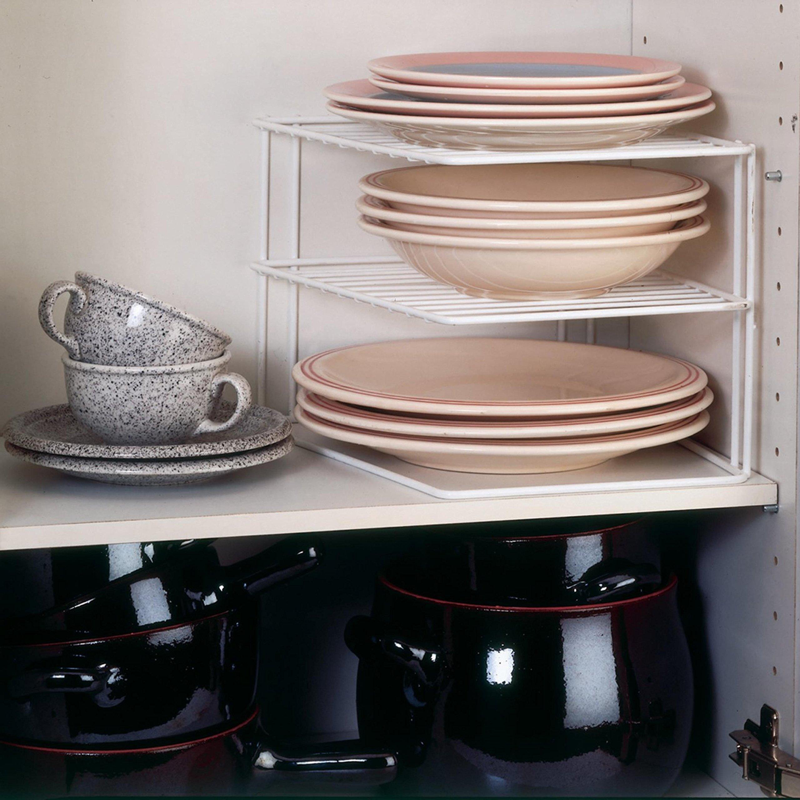 Mensole angolare per pensili cucina, ideale per riporre i piatti e ottimizzare lo spazio.