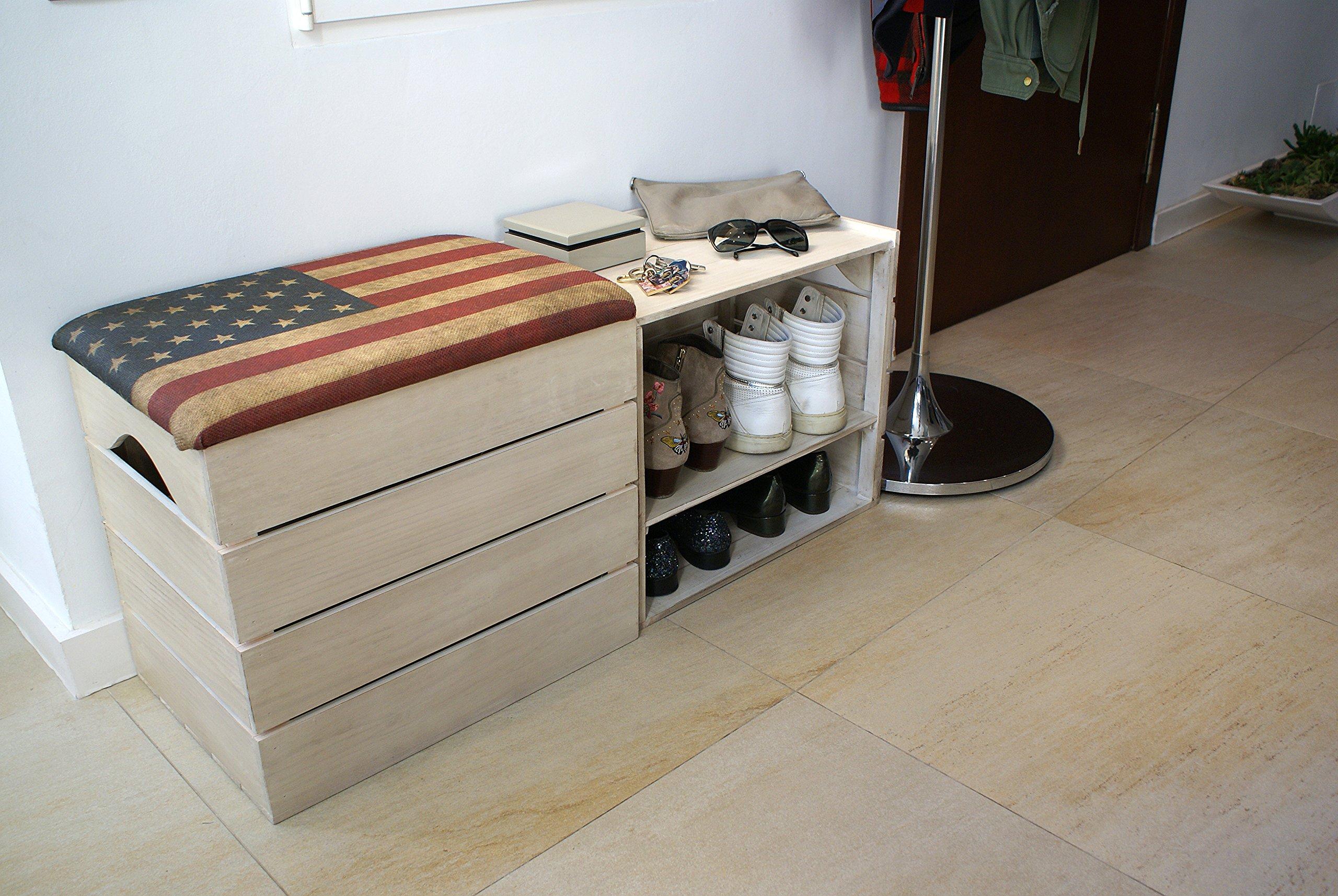 Cassapanca e scarpiera in legno con seduta imbottita, bel cuscino con stampa della bandiera americana.