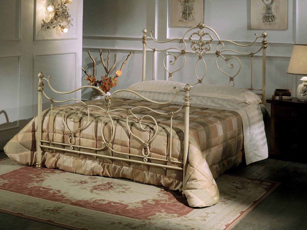 Il letto matrimoniale glamour