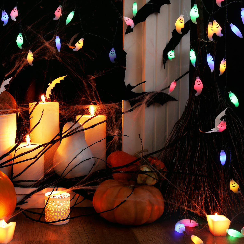 Decorare il giardino per Halloween.